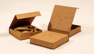 magnetic closure jewlery boxes