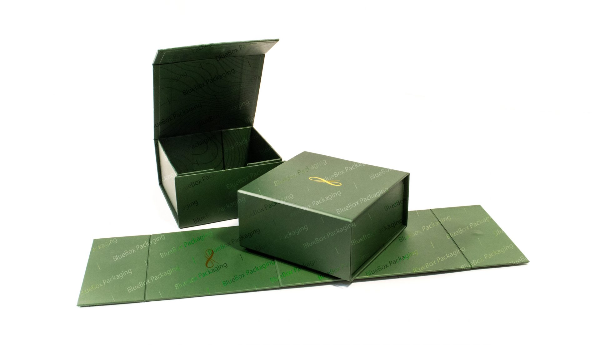 collapsible boxes with logo